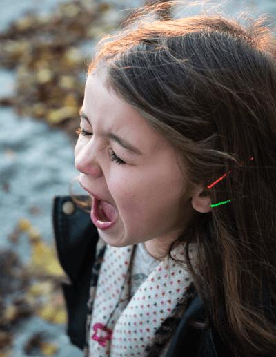 Enfant en train de crier