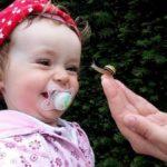 La Tétine et les Enfants ǀ 7 Astuces pour Arrêter