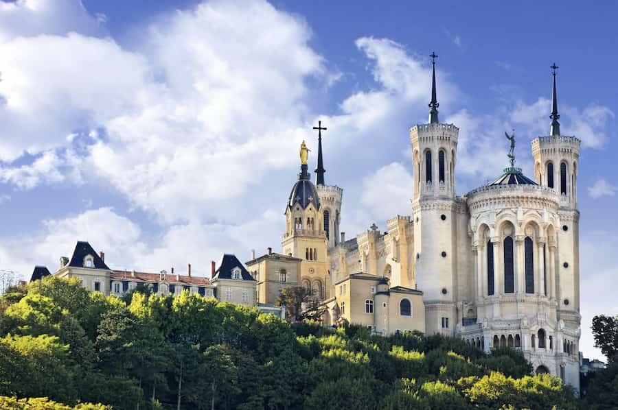 Visiter la Basilique Notre Dame de Fourvière à Lyon avec des enfants